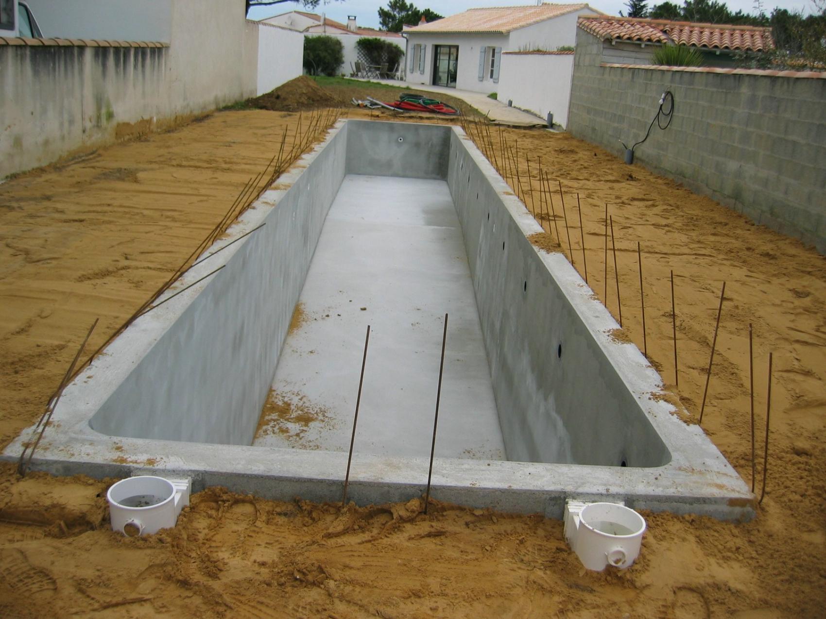 Aydin constructeur de piscine la rochelle depuis plus for Construction piscine royan